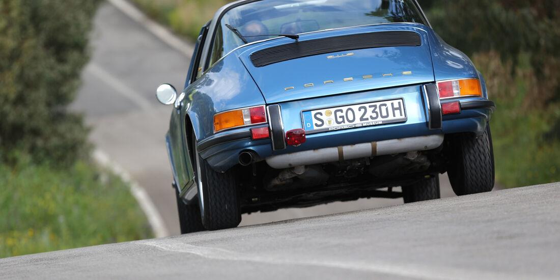Porsche 911 S 2.2 Targa, Heckansicht