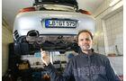 Porsche 911 Turbo, Heckansicht, Hebebühne