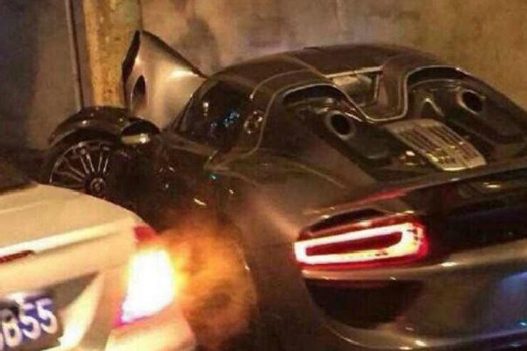 porsche 918 spyder crash da waren es nur noch 916 auto motor und sport. Black Bedroom Furniture Sets. Home Design Ideas