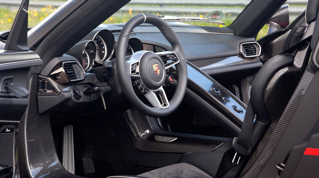 Porsche 918 Spyder, Cockpit, Lenkrad