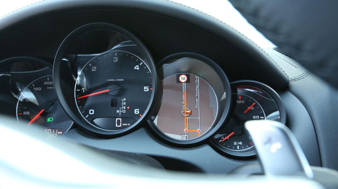 Porsche Cayenne Diesel, Rundinstrumente