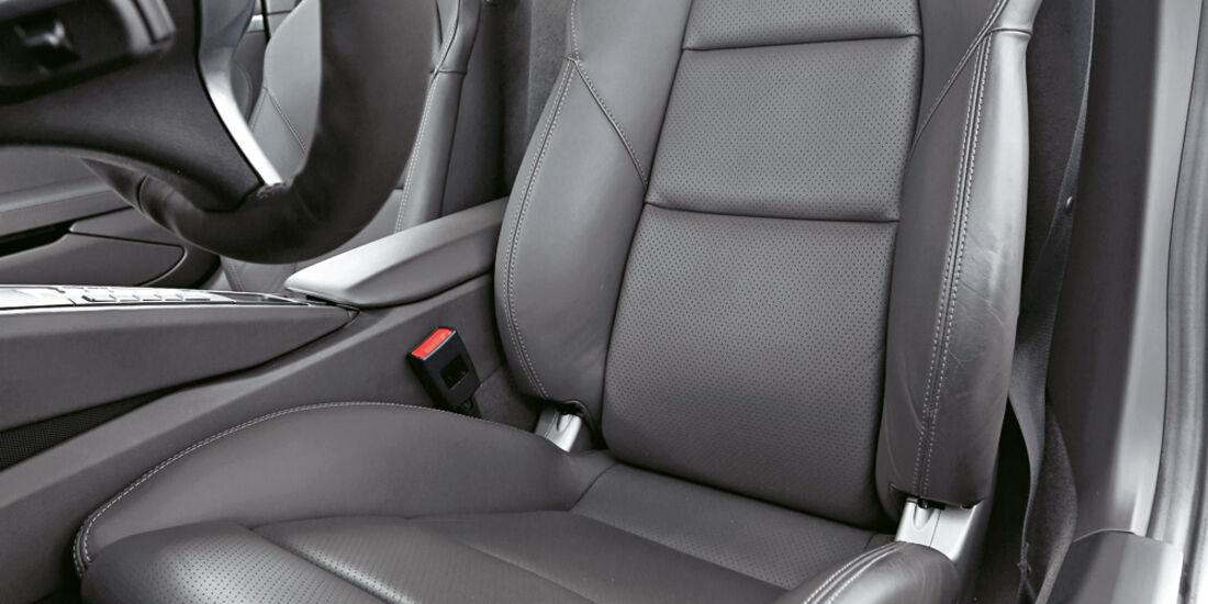 Porsche Cayman S, Fahrersitz