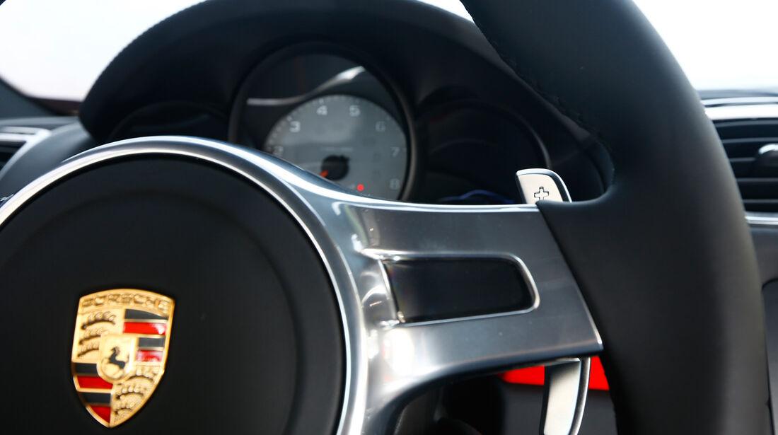 Porsche Cayman S, Lenkrad