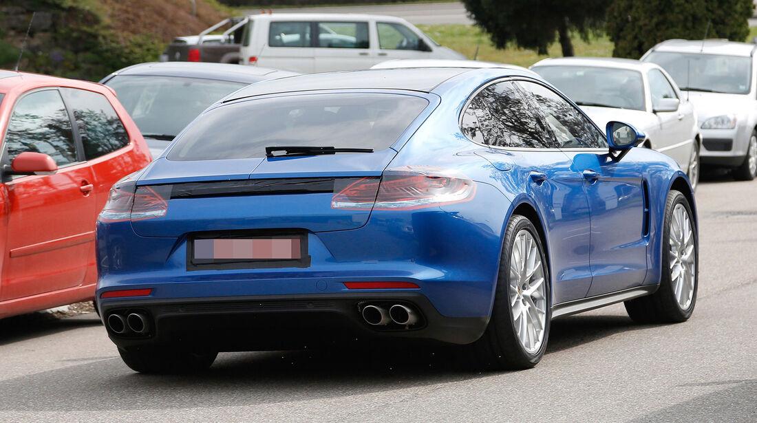 Porsche Panamera Facelift Erlkönig ungetarnt