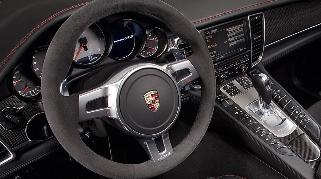 Porsche Panamera GTS, Innenraum, Cockpit