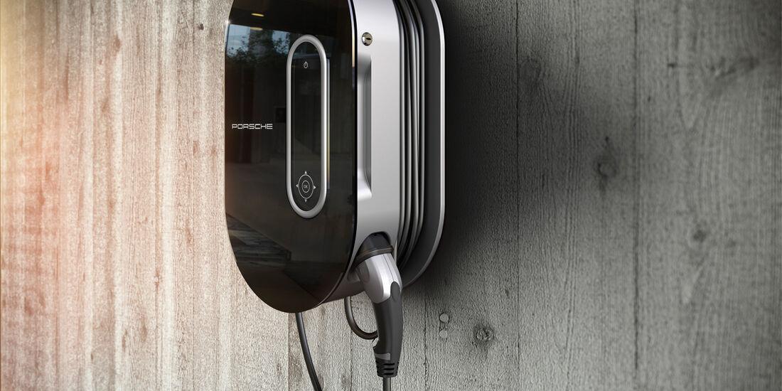 Porsche Panamera Plug-in-Hybrid, Stromtankstelle