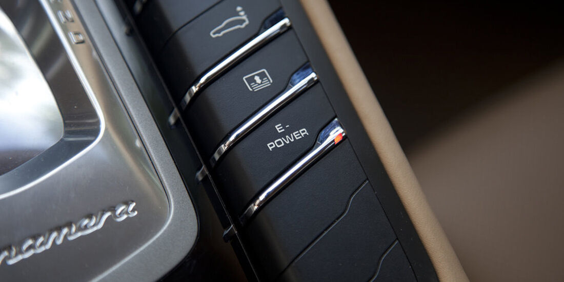 Porsche Panamera S Hybrid, Power-Knopf