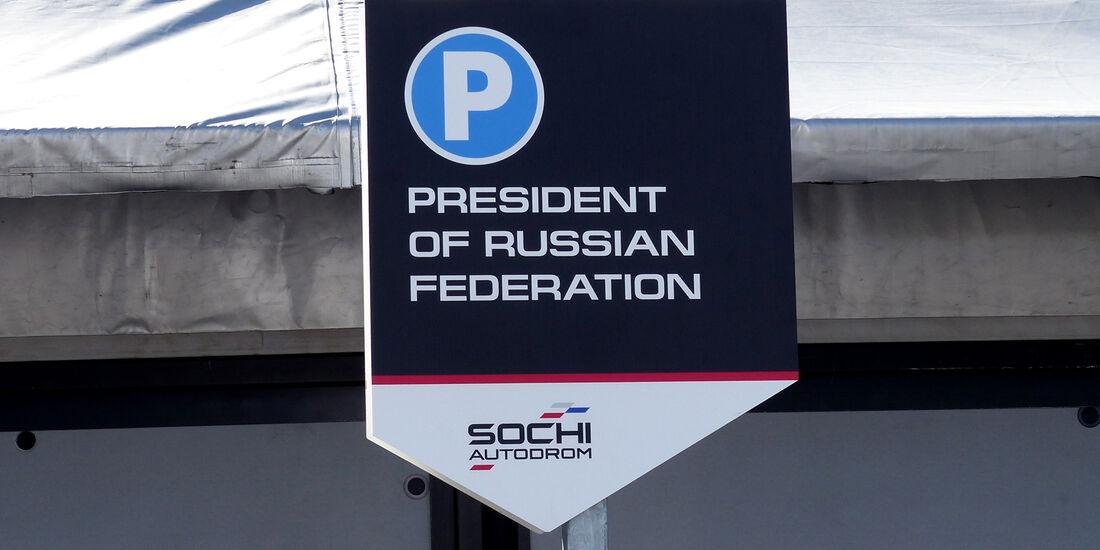 Putin-Parkplatz - Formel 1 - GP Russland - 10. Oktober 2014