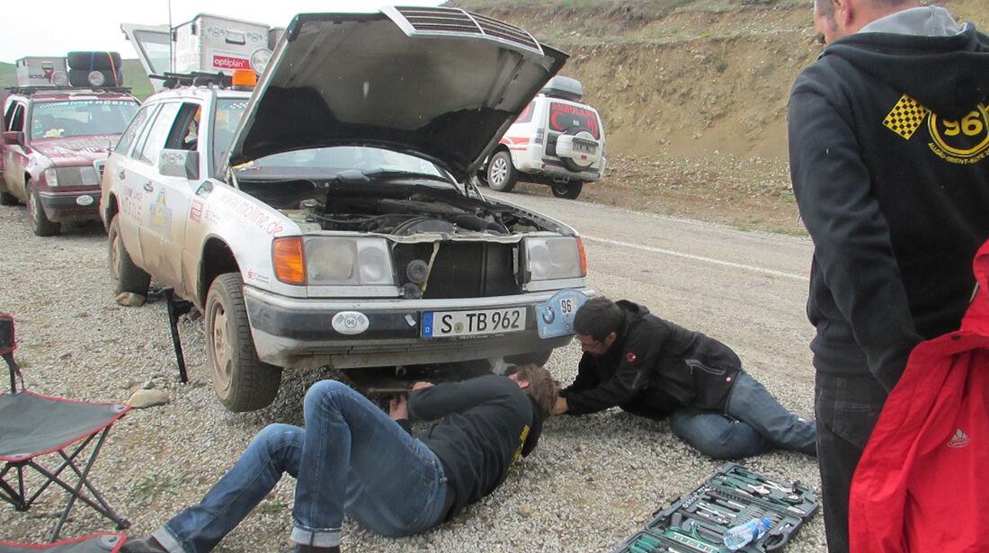 Rallye Allgäu-Orient, Ölwanne, Schaden