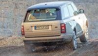 Range Rover 4.4 SDV8 Vogue, Heckansicht, Gelände
