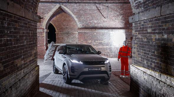range rover evoque 2019 land rover