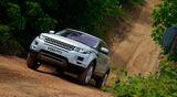 Range Rover Evoque, Frontansicht, Gelände, Abhang, aufwärts