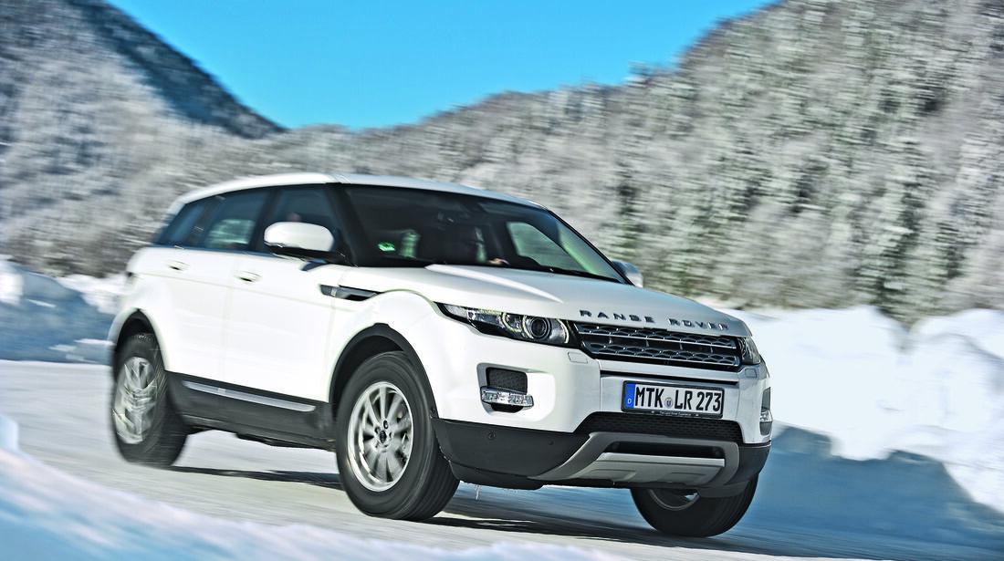 Range Rover im Schnee