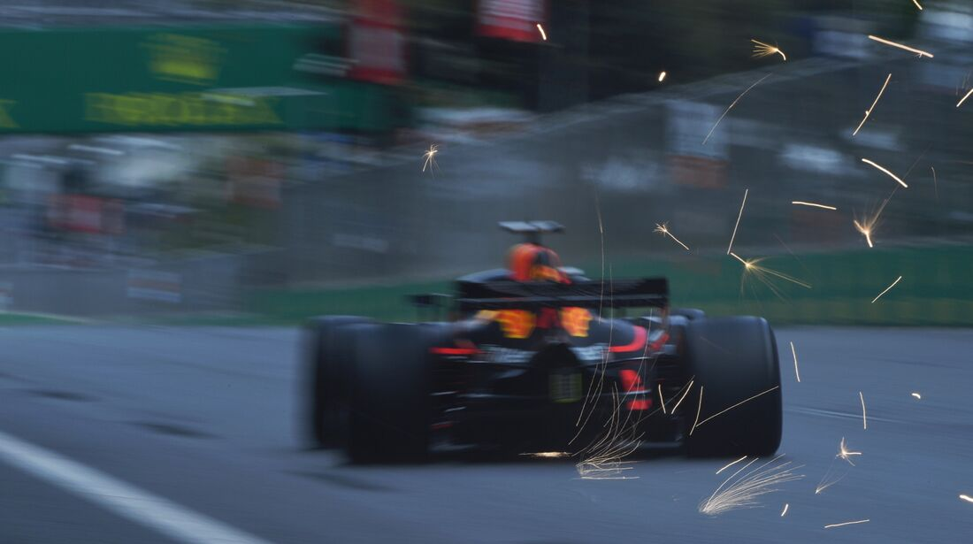 Red Bull - Formel 1 - GP Aserbaidschan - 28. April 2018