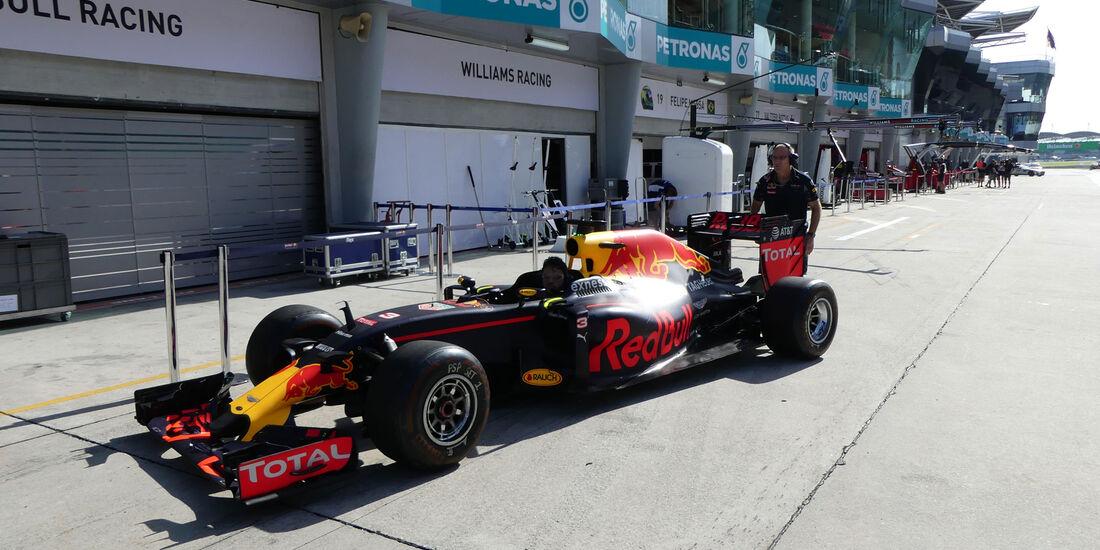 Red Bull -  Formel 1 - GP Malaysia - Freitag - 30.9.2016
