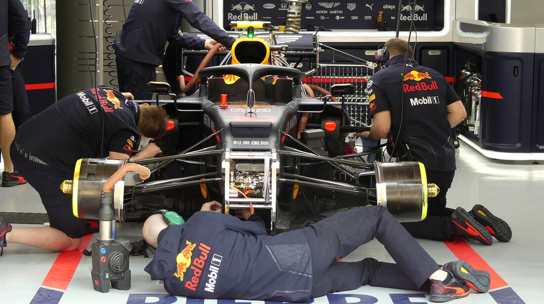 Red Bull - GP China - Shanghai - Formel 1 - Freitag - 12.4.2019