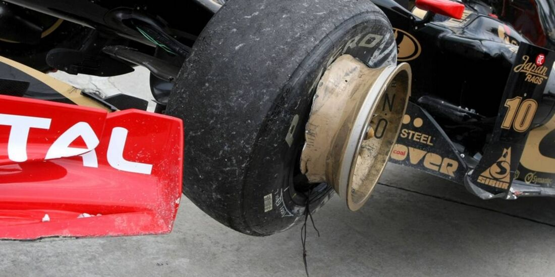 Reifenschaden GP Malaysia 2011 Formel 1