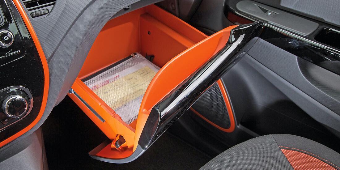Renault Captur dCi 110, Handschuhfach