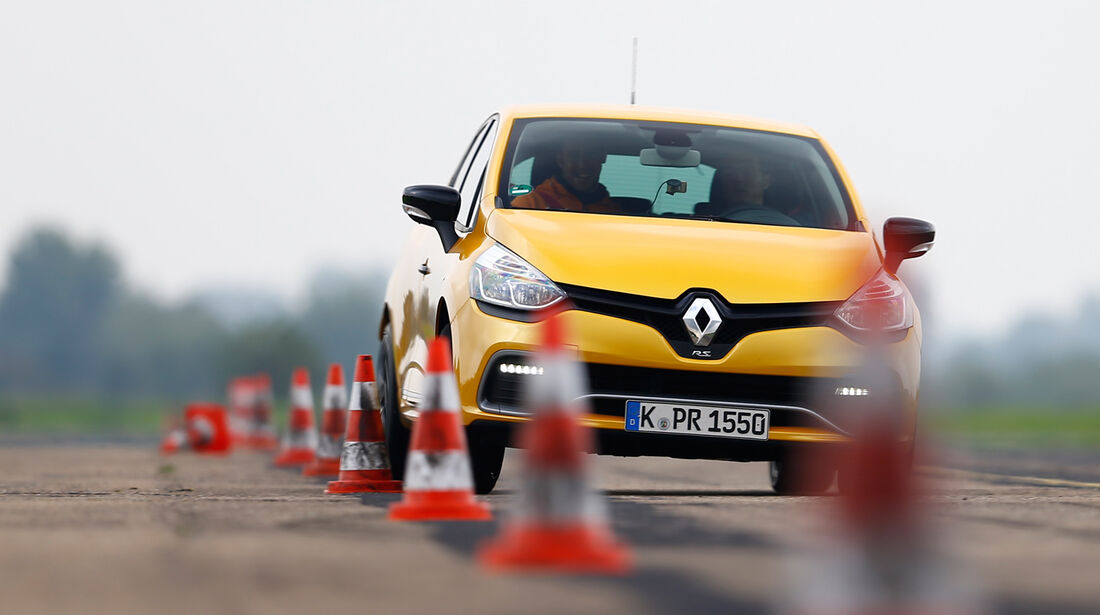 Renault Clio R.S., Frontansicht, Slalom