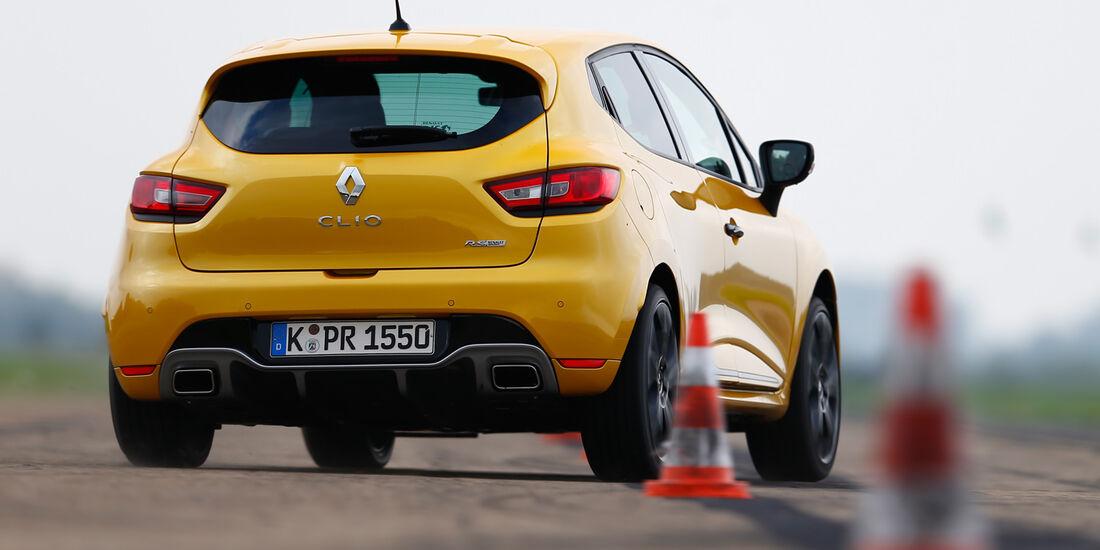 Renault Clio R.S., Heckansicht, Slalom