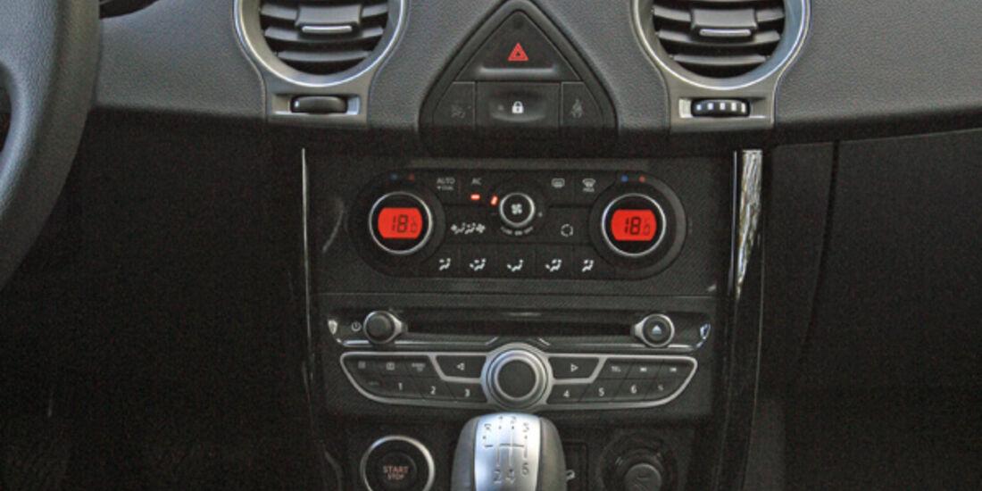 Renault Koleos dCi 175, Mittelkonsole
