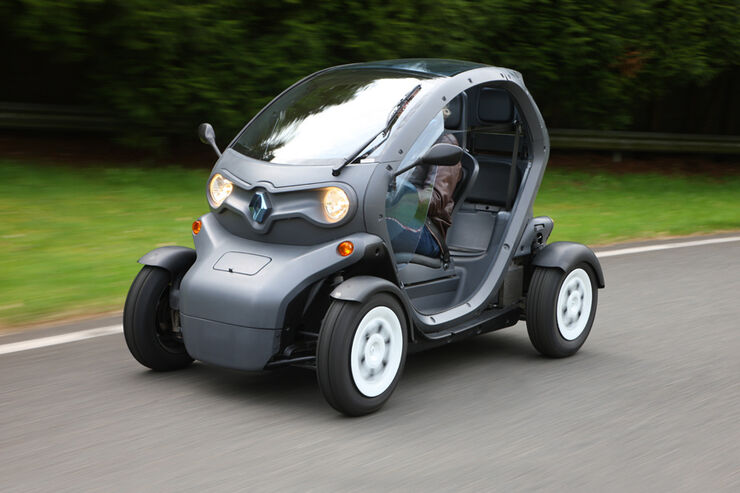 renault twizy im fahrbericht unterwegs im elektro ei auto motor und sport. Black Bedroom Furniture Sets. Home Design Ideas