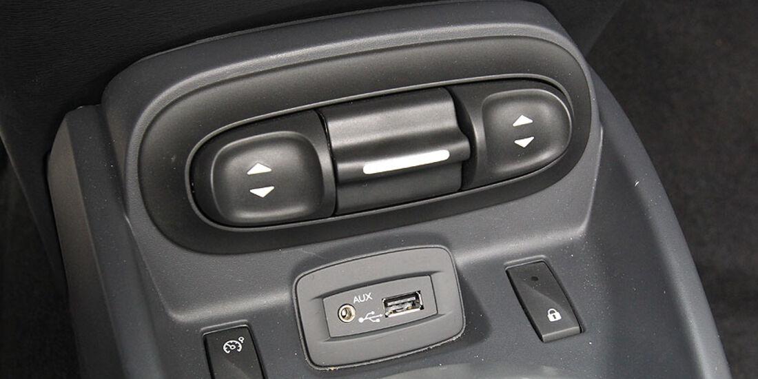 Renault Wind 1.6 16V, Mittelkonsole