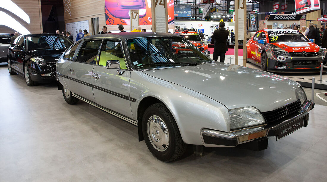 Retromobile (2019) Paris 100 Jahre Citroen