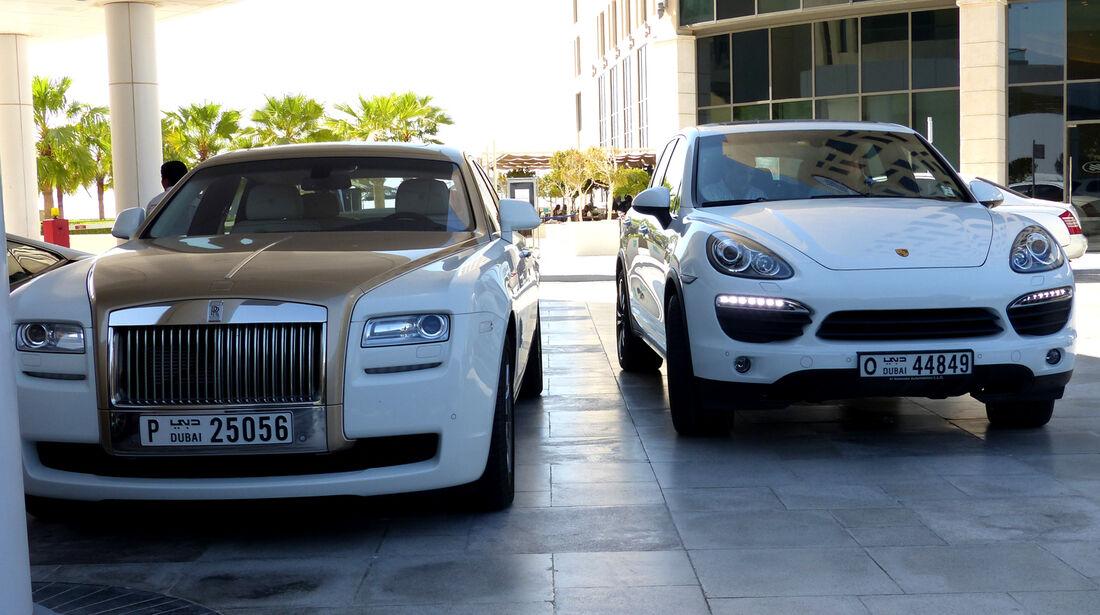 Rolls Royce Ghost & Porsche Cayenne - F1 Abu Dhabi 2014 - Carspotting