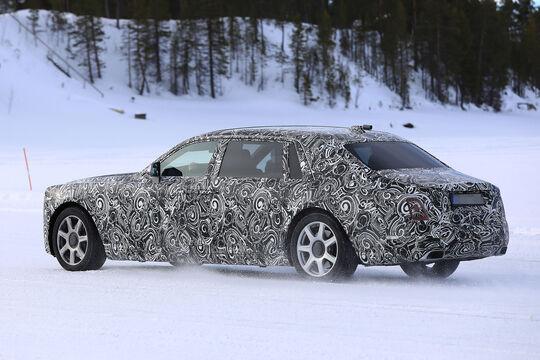 Rolls-Royce Phantom LWB Erlkönig