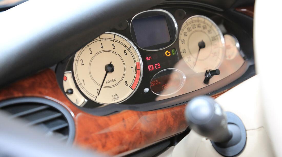 Rover 75 2.5 V6, Rundinstrumente