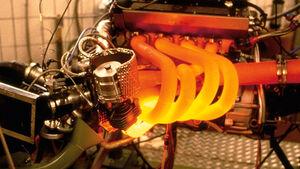 S63B44M-Motoren, ams1812-supp, Technik, Formel 1 Motor glühend Auspuff