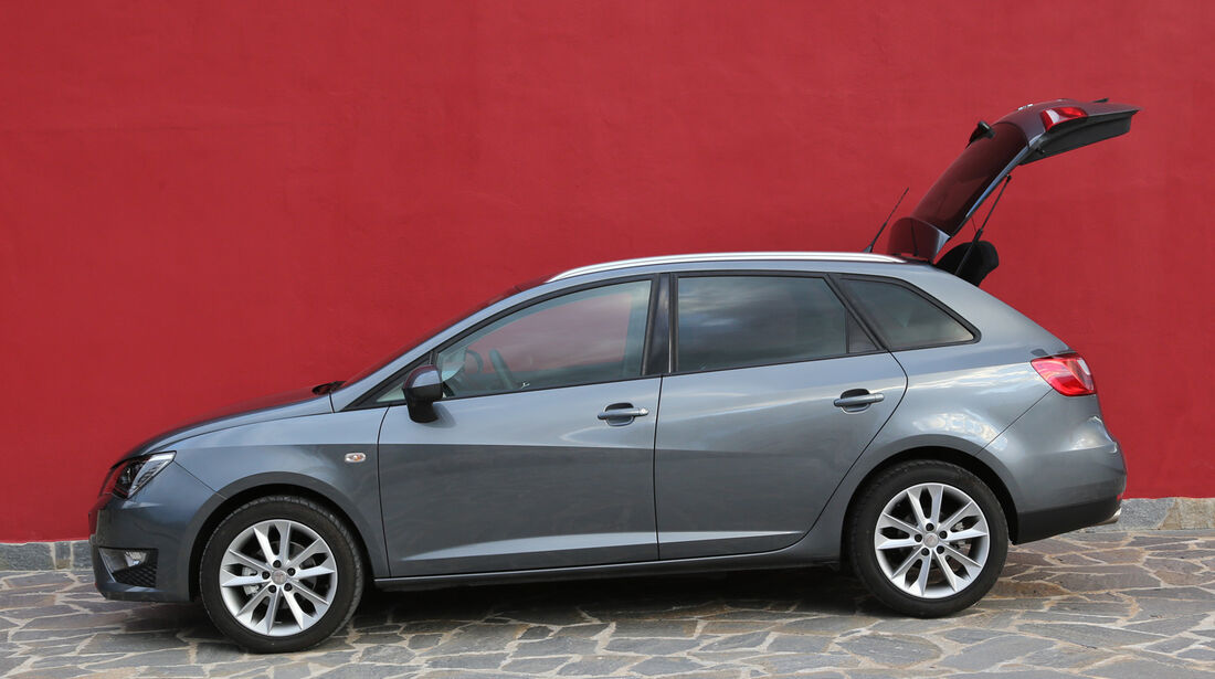 Seat Ibiza ST 1.6 TDI, Seitenansicht, Heckklappe