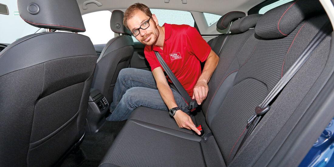 Seat León 1.8 TSI, Rücksitz, Beinfreiheit