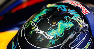 Sebastian Vettel Helm GP Brasilien 2011