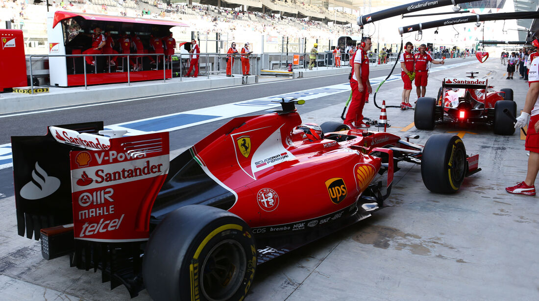 Sebastian Vettel & Kimi Räikkönen - Ferrari - GP Abu Dhabi - 28. November 2015
