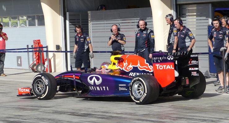 Sebastian Vettel - Red Bull - Formel 1 - Bahrain - Test - 2. März 2014