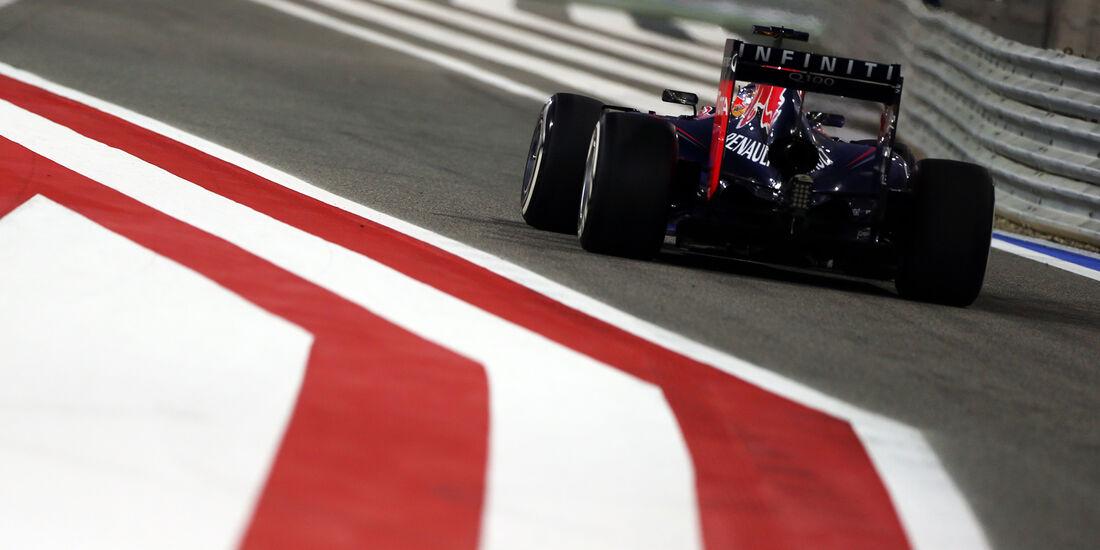 Sebastian Vettel - Red Bull - Formel 1 - GP Bahrain - Sakhir - 5. April 2014