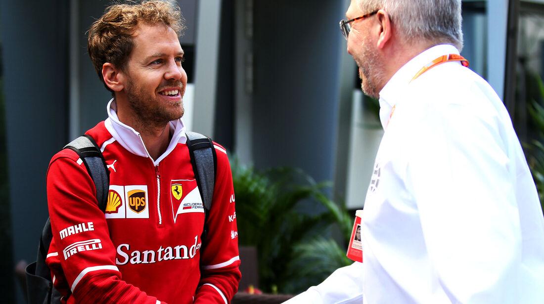 Sebastian Vettel & Ross Brawn - GP Russland - Sotschi  - Formel 1 - 28. April 2017