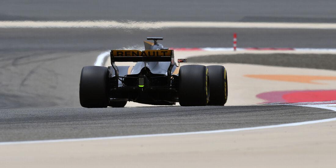 Sergey Sirotkin - Renault - Formel 1 - Testfahrten - Bahrain - Mittwoch - 19.4.2017