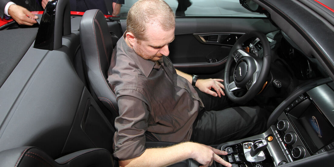 Sitzprobe Jaguar F-Type Paris 2012 Stier
