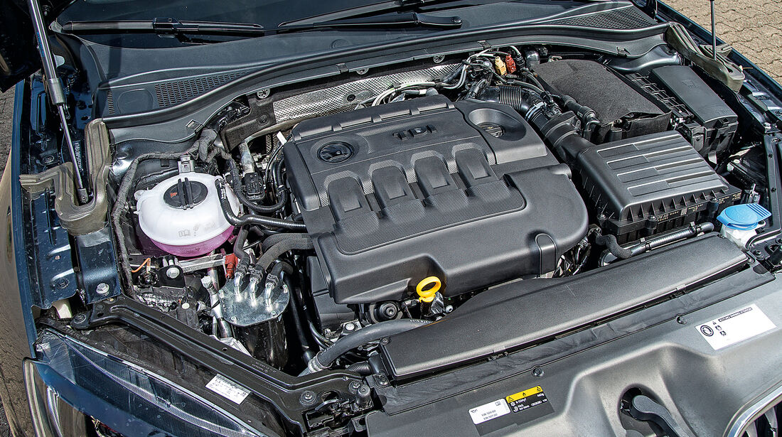 Skoda Superb 2.0 TDI Style, Motor