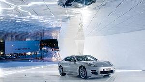 """Sonderausstellung Porsche Museum """"Panamera Moment"""""""