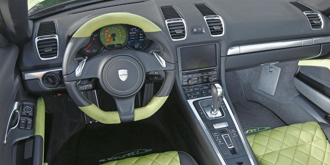 Speedart SP81-R, Cockpit, Lenkrad