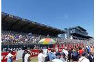 Startaufstellung - Fans - 24h-Rennen Le Mans 2017 - Smastag - 17.6.2017