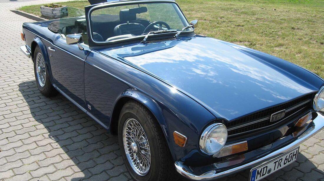 Startnummer 138:  Karl-Heinz Ehrhardt und Helma de Vries im Triumph TR 6, 2,5 Liter, 6-Zyl. Reihe, 109 PS, Baujahr 1972.