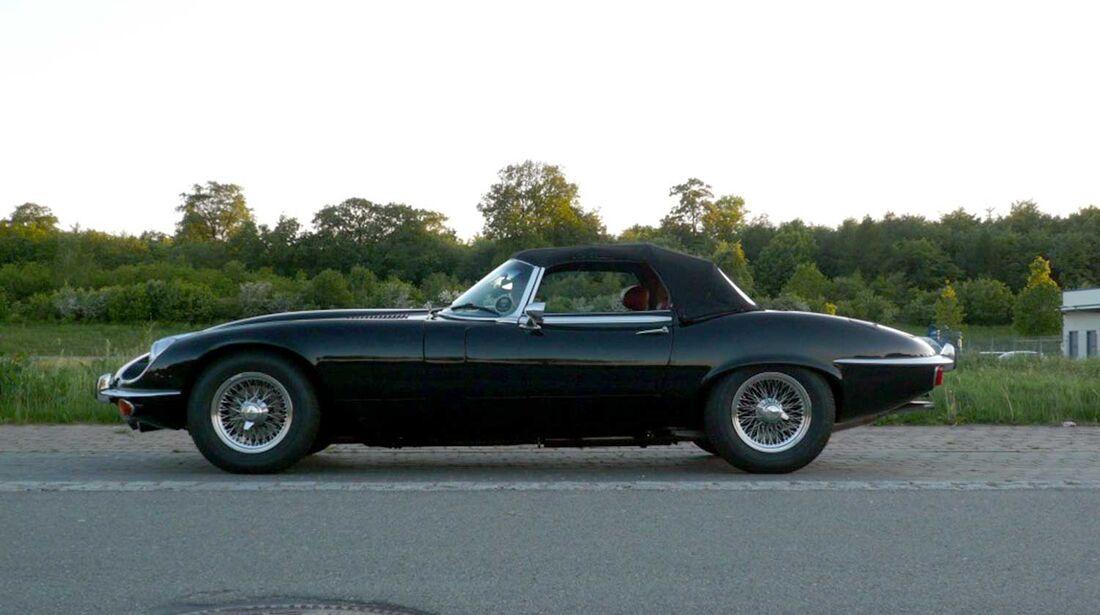 Startnummer 140: Kai und Florian Eckert im Jaguar E Serie III, 5,3 Liter, V12, 276 PS, Baujahr 1974.