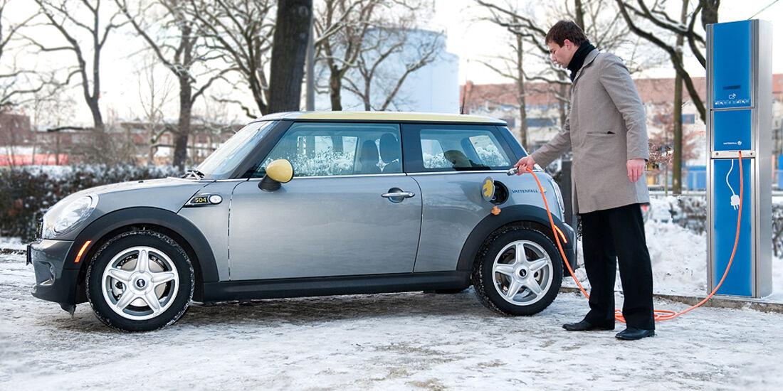 Startschuss für den Mini E in Berlin