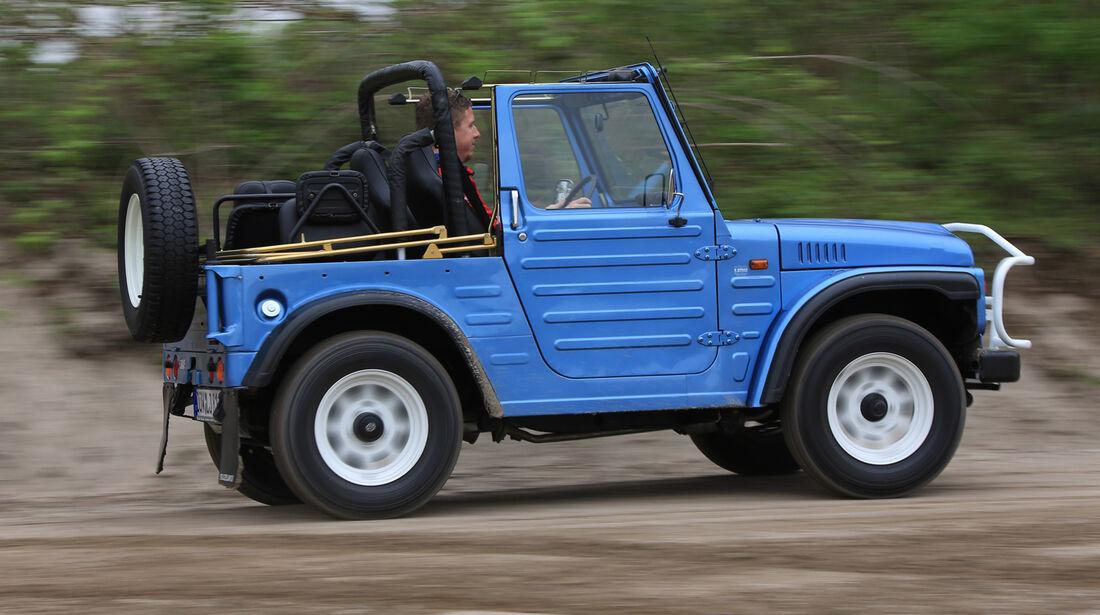 Suzuki LJ80, Seitenansicht