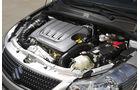 Suzuki SX 4, Motor, Stufenheck